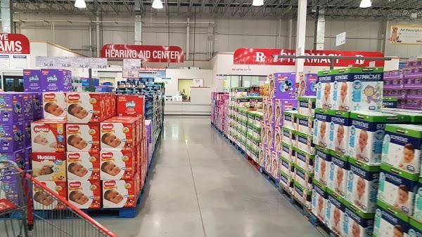 Foto di Costco Wholesale di Rochester  Monroe County  New York  Stati Uniti d America