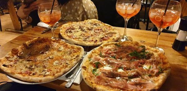 Foto di Vincenzo%27s Pizza House di Bristol  City of Bristol  South West England  England  United Kingdom