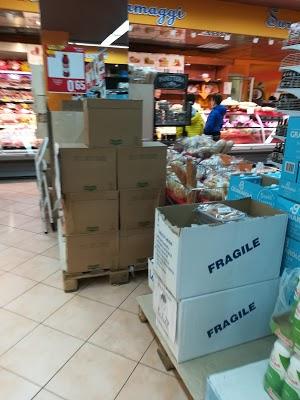 Foto di Supermercati Dec%F2 di Futura Due S.R.L. di Parete  Caserta  Campania  Italia