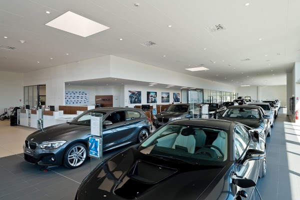 Foto di BMW Fr%E9jus %28JPV%29 di Saint Raphael