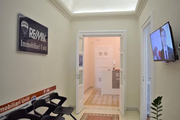 Foto di Agenzia Immobiliare RE/MAX Immobiliari Uniti di Napoli  Campania  Italia