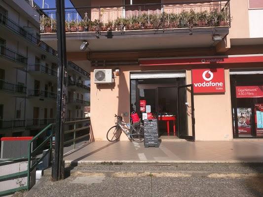 Foto di Vodafone di Scalea  Cosenza  Calabria         Italia