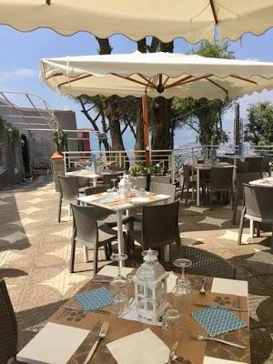 Foto di Piana Delle Ginestre- Agri Restaurant %26 Fish House di San Sebastiano al Vesuvio  Napoli  Campania  Italia