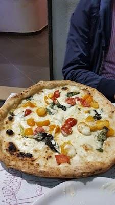 Foto di Gold Pizza di Sant Anastasia  Napoli  Campania         Italia