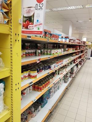 Foto di Supermercato Piccolo di Sant Anastasia  Napoli  Campania         Italia