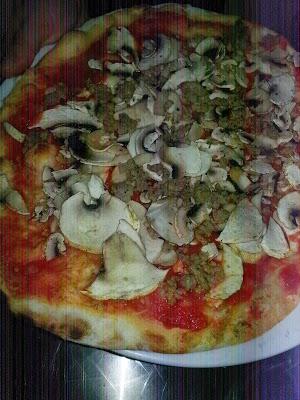 Foto di A.S.D. Stardust Sporting Center - Pizzeria%2C sala da ballo%2C centro sportivo%2C calcio a 5 di Albano Laziale
