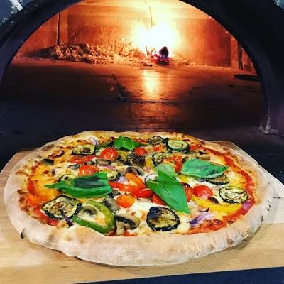 Foto di Roberto%27s Pizzeria Finglas di Dublino  County Dublin  Leinster  Irlanda