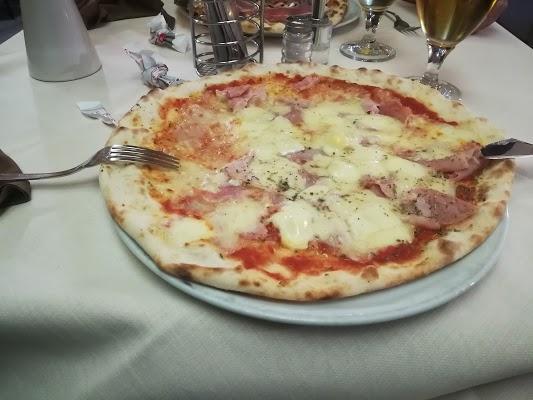Foto di Pizzeria Ristorante Dall%27Artista di Pombia  Novara  Piemonte         Italia
