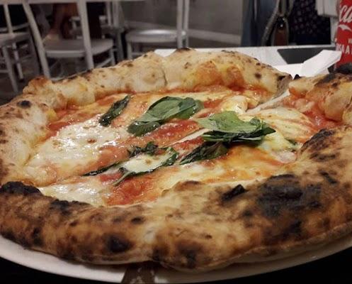 Foto di Pizzeria - La Rusina di Striano  Napoli  Campania  Italia