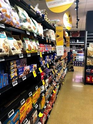 Foto di Supermercato Carrefour Market di Sorrento  Napoli  Campania         Italia