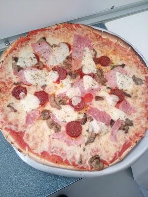 Foto di All%F4 Pizza di ZA Castellamare  Saint Chamas  Istres  Bouches du Rh  ne  Provenza Alpi Costa Azzurra  Francia metropolitana         Francia