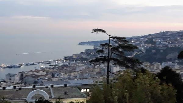 Foto di Eni Station di Napoli  Campania  Italia