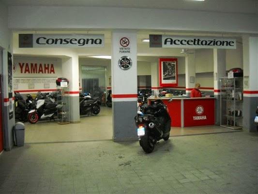 Foto di Rima s.r.l. - Concessionaria Yamaha - Divisione Ricambi e assistenza di Naples  Napoli  Campanie  Italie