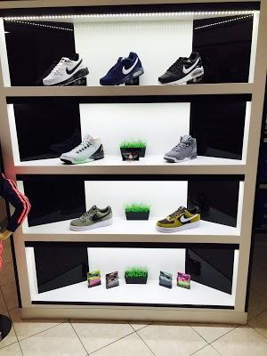 Alfred Shoes Negozio Scarpe Abbigliamento ADIDAS PUMA NAPOLI SALDI ...