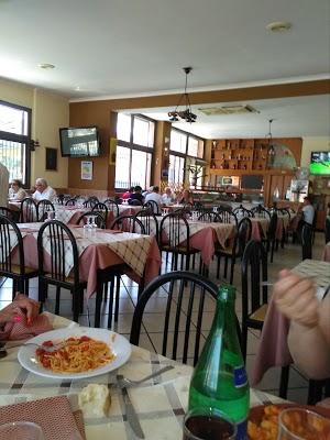 Foto di Dal Nonno 2.0 -Trattoria %26 Pizzeria- di San Sebastiano al Vesuvio  Napoli  Campania  Italia