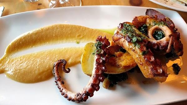 Foto di Amore Italian Restaurant %26 Wine Bar by Wegmans di Rochester  Monroe County  New York  Stati Uniti d America