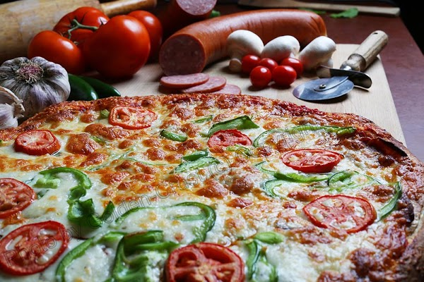 Foto di Golden Crust Pizzeria di Ottawa  Eastern Ontario  Ontario  Canada