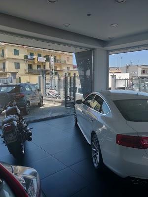 Foto di Saviano Auto Sas di Casandrino  Napoli  Campania         Italia