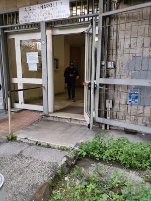 Foto di Azienda Sanitaria Locale %28ASL%29 Napoli 1 Distr.49 di Napoli  Campania  Italia