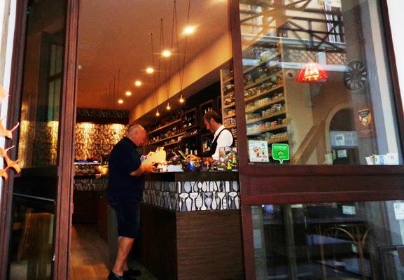 Foto di Bar Centrale di Ponticelli  Nuovo Circondario Imolese  Bologna  Emilia Romagna  Italia