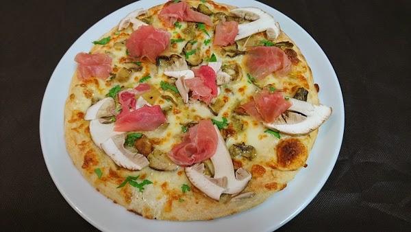 Foto di Pizzeria Al Borgo di Cividale del Friuli  UTI del Natisone  Friuli Venezia Giulia         Italia