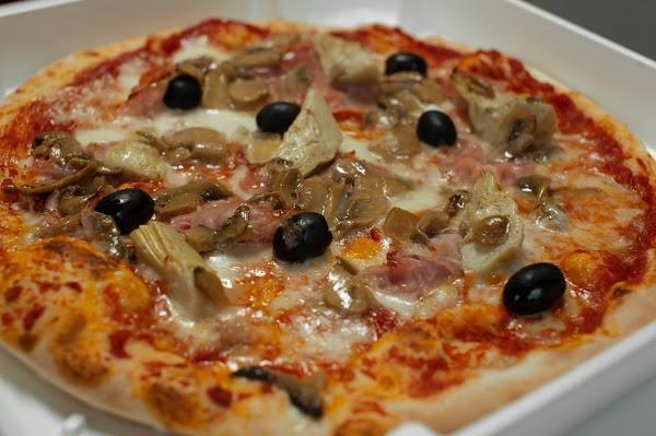 Foto di Pizzeria All%27Angolo di Trento  Territorio Val d Adige  Provincia di Trento  Trentino Alto Adige  Italia