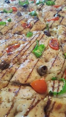 Foto di E%u2019 Pizza Di Arena Vincenzo %26 C. di Via Lussemburgo  Borgaro Torinese  Provincia di Torino  Piemonte         Italia