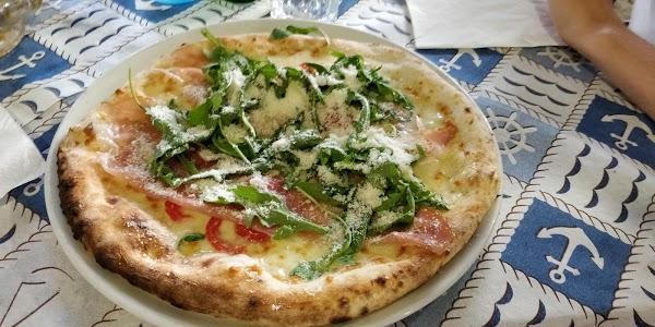 Foto di Pizzeria Salernitana di Pontecagnano  Pontecagnano Faiano  Salerno  Campania         Italia