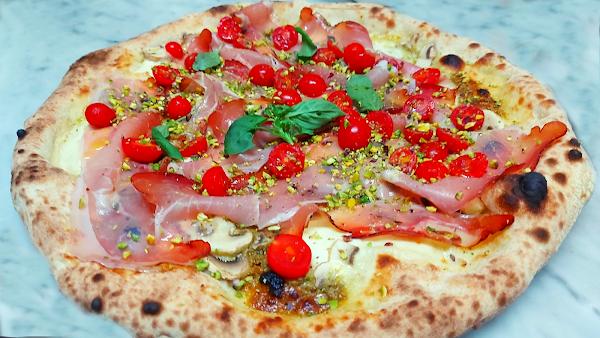 Foto di Milano Ristopub Pizzeria di Caltanissetta  Sicilia         Italia