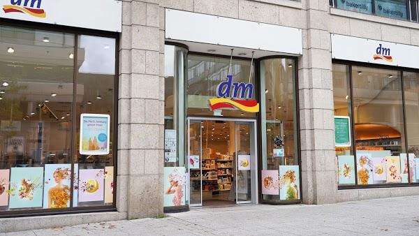 Foto di dm-drogerie markt di Mannheim  Baden W  rttemberg         Germania