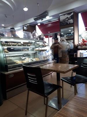 Foto di Caff%E8 Liano di Quarto  Napoli  Campania         Italia