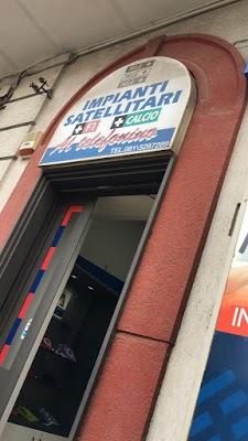 Foto di Top Line S. A. S. di Ammirati Michele C. - Centro Tim di Saviano  Napoli  Campania         Italia