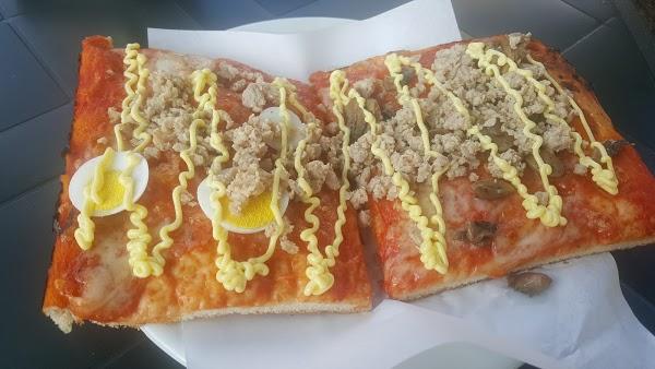 Foto di Pizzeria Toni di Pesaro  Pesaro e Urbino  Marche  Italia