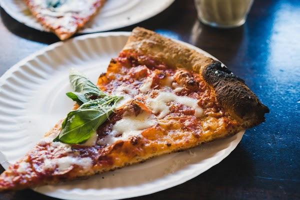 Foto di L%27industrie pizzeria di New York  New York         Stati Uniti d America