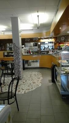 Foto di Bar Tabaccheria Paola e Ilaria di Ponticelli  Nuovo Circondario Imolese  Bologna  Emilia Romagna  Italia