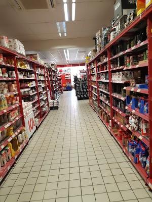 Foto di ICA Supermarket M%F6llev%E5ngen di Malmo  Malm   kommun  Contea della Scania  Region G  taland  Svezia