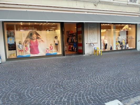 Foto di ORIGINAL MARINES di Pesaro  Pesaro e Urbino  Marche  Italia