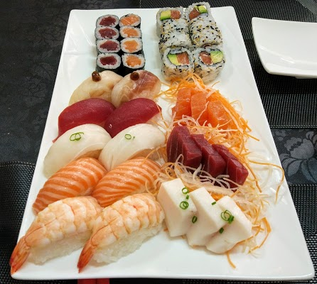 Foto di Mi Sushi di Madrid    rea metropolitana de Madrid y Corredor del Henares  Community of Madrid         Spagna