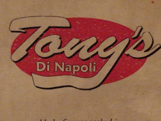 Foto di Tony%27s Di Napoli di New York  New York         Stati Uniti d America
