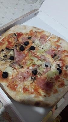 Foto di Arcade Pizzeria di Via Lussemburgo  Borgaro Torinese  Provincia di Torino  Piemonte         Italia
