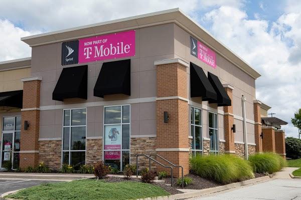 Foto di T-Mobile di Rochester  Monroe County  New York  Stati Uniti d America