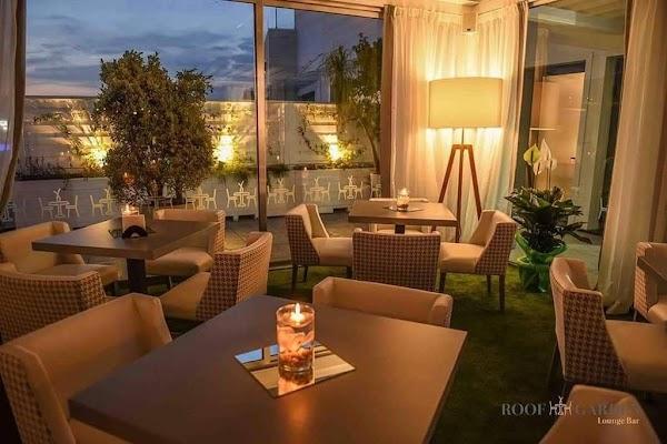 Foto di Roof Garden Lounge Bar di San Sebastiano al Vesuvio  Napoli  Campania  Italia