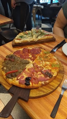 Foto di Pizzeria Nuova di Nappo  Santa Fe  Villa   de Julio  El Colmenar  San Miguel de Tucum  n  Departamento Capital  Tucum  n  T      Argentina