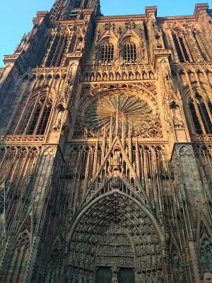 Foto di h%F4tel Le Grillon di Strasburgo  Basso Reno  Grande Est  Francia metropolitana  Francia