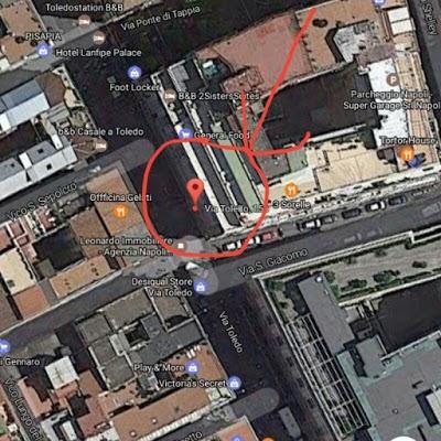Foto di In Centro bed%26breakfast di Piazzetta del Nilo  Vico Donnaromita  Rione Carit    Municipalit      Napoli  Campania         Italia