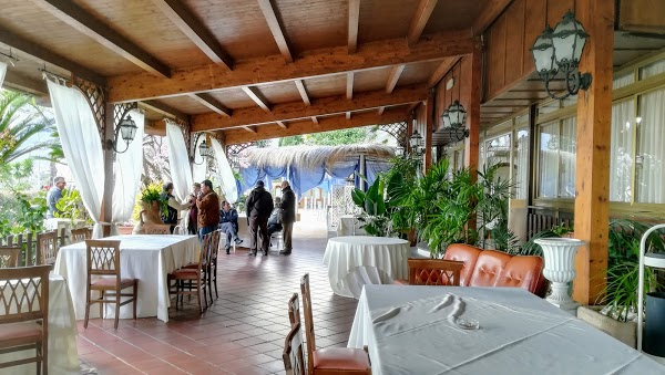 Foto di Ristorante Pizzeria la Magnatora di Via del Mare  Lenola  Latina  Lazio         Italia