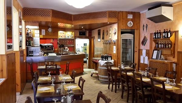 Foto di Trattoria al Fungo - Locale Storico - Servizio Asporto di Padova  Veneto  Italia