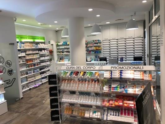 Foto di Farmacia De%27 Medici di Via Giuseppe Verdi  Limbiate  Provincia di Monza  Italia