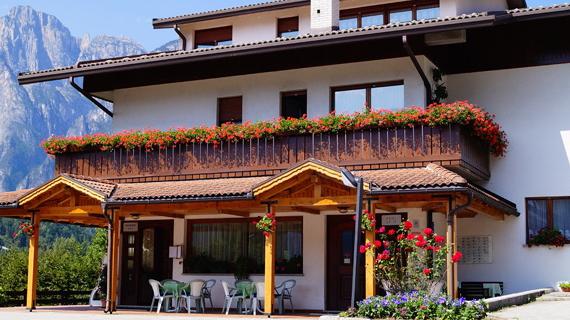 Foto di Hotel Erice Agordo di Belluno  Veneto  Italia