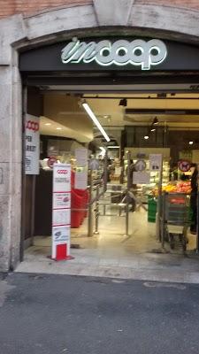 Foto di Coop di Vaprio d Adda  Milano  Lombardia  Italia